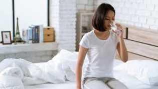Sering Dilupakan, Ini 5 Manfaat Minum Air Putih Setelah Bangun Tidur