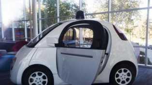 Bagaimana ya, Kalau Pengemudi Mobil Tak Lagi Manusia?