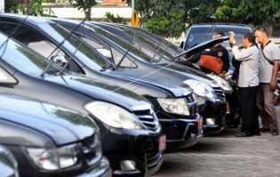 Sedikitnya 61 Unit Mobil Dinas Pemprov Riau Nunggak Pajak