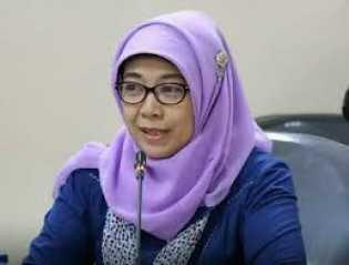 Jokowi Berhentikan Sitti Hikmawatty Tidak Dengan Hormat dari KPAI