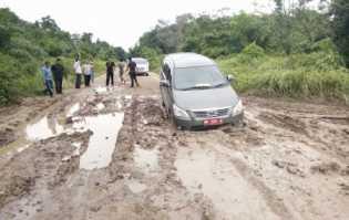 Jalan Rusak Parah, Bupati Minta ke Dinas PU Segera Diperbaiki