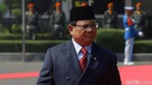 Prabowo 'Menolak' Pemberian Negara
