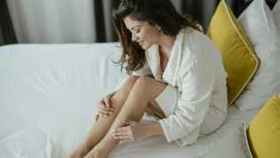 8 Cara Memutihkan Kulit Alami di Rumah, Bakal Sukses Bikin Pangling!