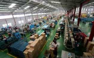 Masih Masuk Kerja, Perusahaan Wajib Berikan Suplemen dan Makanan Bergizi untuk Pekerjanya