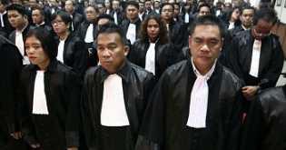Menristekdikti 'Caplok' Pendidikan Advokat