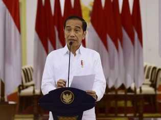 Pernyataan Lengkap Jokowi soal RS Darurat dan Insentif Tenaga Medis