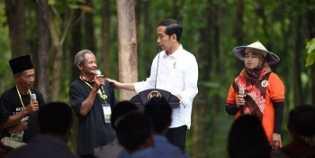 Presiden Jokowi: UU Cipta Kerja Memudahkan Pelaku UMKM Membuka Usaha Baru
