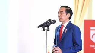 Jokowi Luncurkan Bantuan Rp 600 Ribu/Bulan Buat Pegawai Hari Ini