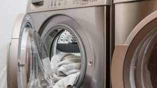 Cara Mencuci Pakaian Jika Ada Pasien COVID-19 di Rumah Versi WHO