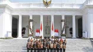 Survei Indikator: 64,8% Responden Setuju Jokowi Reshuffle Kabinet