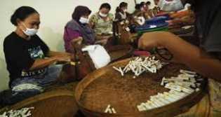 Cukai Rokok Naik di 2021, Petani Tembakau Beberkan Efek Dominonya