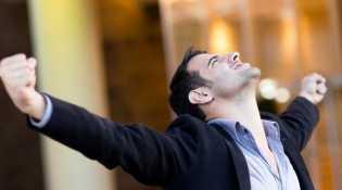 4 Tips Ampuh Menjaga Semangat Kerja di Kantor