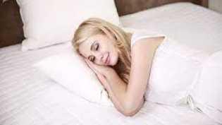 5 Hal yang Harus Anda Hindari Sebelum Tidur di Malam Hari