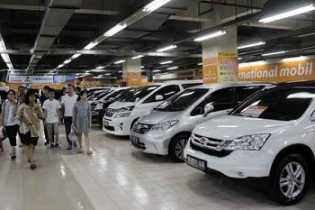Banjir, Pedagang Mobil Bekas di Jakarta Masih Optimistis Jualan Naik