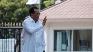 Kabinet Jokowi 88%: Calon Menteri Profesional 15 Orang, Politikus 14 Orang