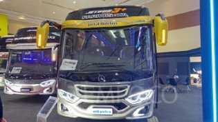 Adiputro Hadirkan Karoseri Baru untuk Bus Medium di GIICOMVEC