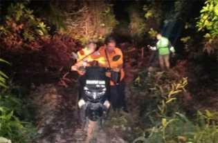 Driver Ojek Online di Pekanbaru Masuk Lumpur, Akhirnya Diselamatkan Basarnas