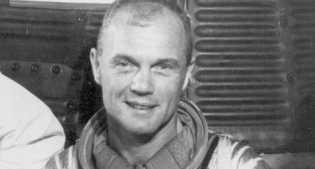 20-2-1962: Manusia Pertama yang Berotasi Putari Bumi