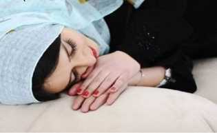 Kaki Menjulur ke Arah Kiblat saat Tidur, Bagaimana Hukumnya