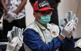 Korupsi Dana Bansos Covid-19, KPK Bakal Periksa Megawati dan Hasto?