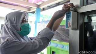 Hati-hati, Ini Risikonya Kalau Berlebihan Pakai Hand Sanitizer