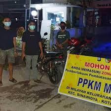 Polsek Tampan Sekat Jalan Masuk 7 Kelurahan di Pekanbaru