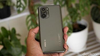 Perbandingan Poco F3, Vivo X60 Pro, dan Realme X50 Pro