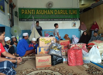 Vadhana International Group Serahkan Bantuan ke Panti Asuhan Darul Ilmi