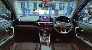 Sebelum Beli, Intip Perbandingan Interior Toyota Raize dengan Daihatsu Rocky