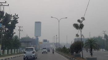 Jarak Pandang 100 Meter, 6 Penerbangan di Bandara Pekanbaru Ditunda