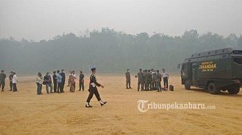 Presiden Jokowi Tinjau Karhutla di Desa Merbau Pelalawan Riau Pakai Tiga Helikopter