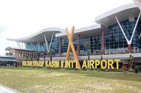 Cegah Kasus 'Impor', Gubri Minta Bandara SSK II Swab Antigen Ulang Seluruh Penumpang