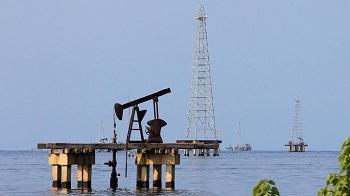 Harga Minyak Tak Banyak Gerak Menanti Pertemuan OPEC Plus