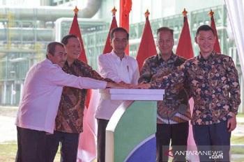 Presiden Jokowi Kagum APR Bisa Olah Serat Kayu Jadi Kain