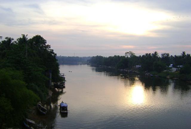 Senja di Sungai Kampar